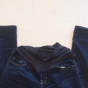 Maternity jeans size 6